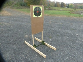 TARGET HOUND PORTABLE TARGET STAND